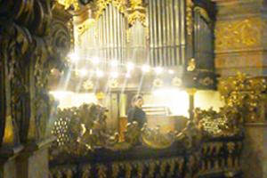 Monika Medek in der Peterskirche - gegenueber: Koorvereniging Deo Juvante Huizen aus den Niederlanden